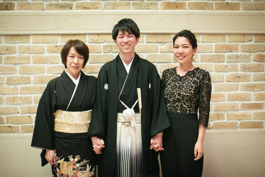 母と姉と花婿