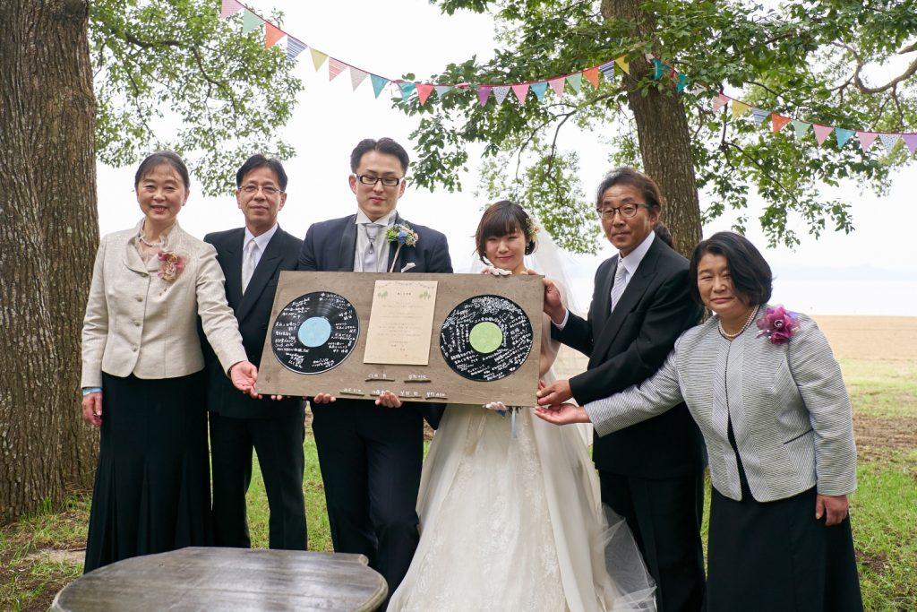 結婚式の結婚証明書