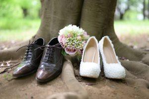 結婚式の新郎新婦の靴