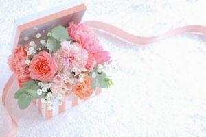 お花が詰まったプレゼント