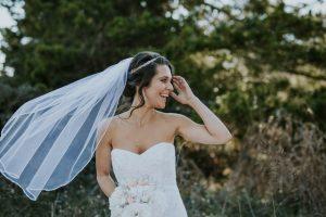 シニヨンヘアの花嫁